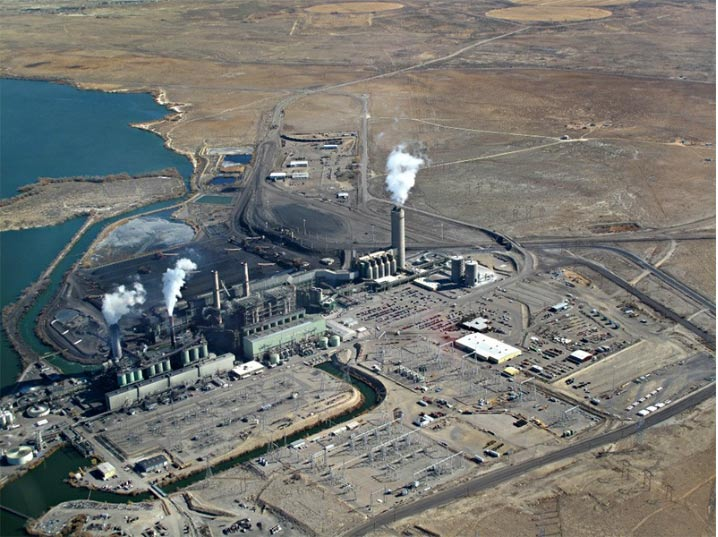 The Four Corners Power Plant in northwestern New Mexico. ECOFLIGHT