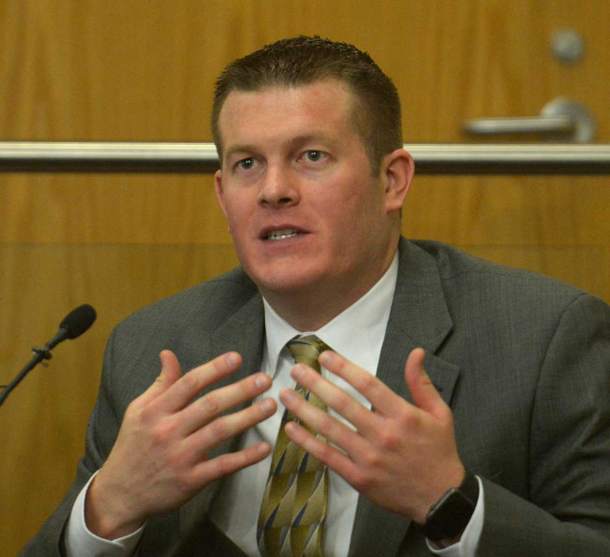 Albuquerque Police Office Mikal Monette testifies during the trial of police detective Keith Sandy and Dominique Perez in the shooting death of James Boyd Greg Sorber / Albuquerque Journal