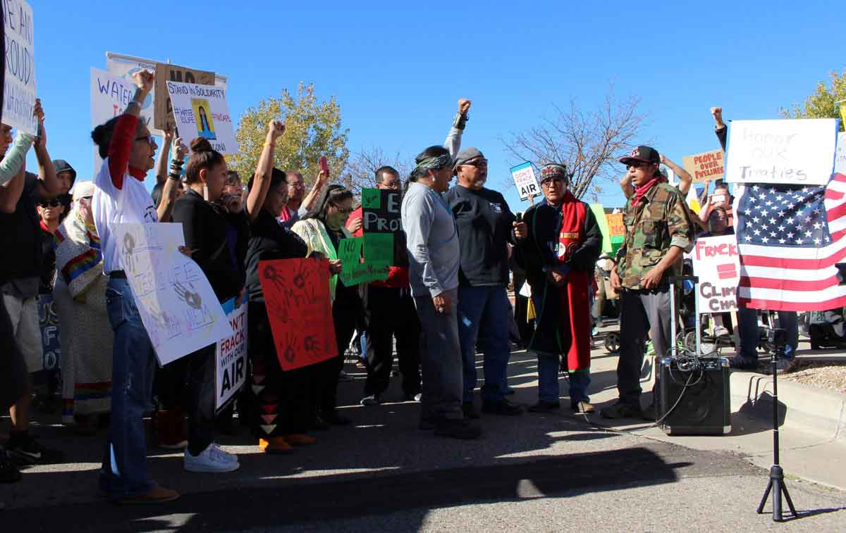 Demonstrators outside the Army Corps of Engineers building in Albuquerque KUNM / ED WILLIAMS