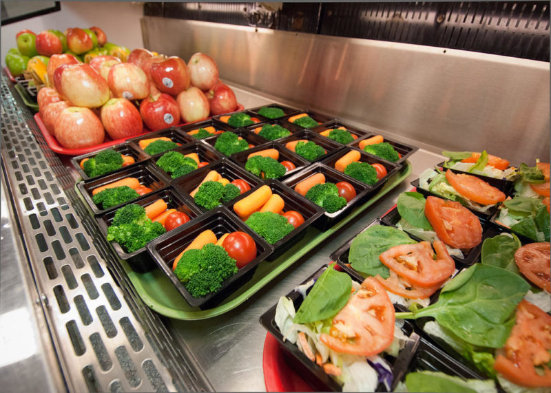 Los Alamos Ditches Federal Lunch Program